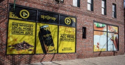 How Siponey Aims to Redefine the Canned Cocktail Party