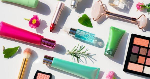 Beauty Brands Must Bridge In-Store and Digital Strategies