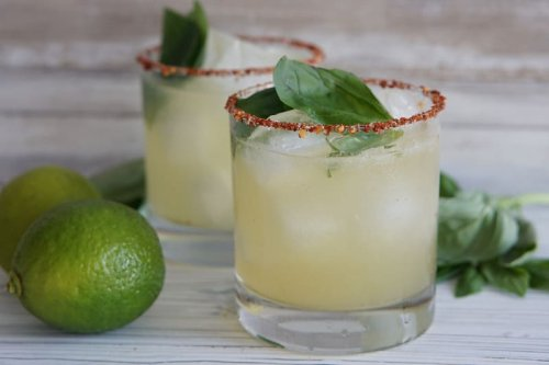 Cinco de Mayo Cocktails to Make Today