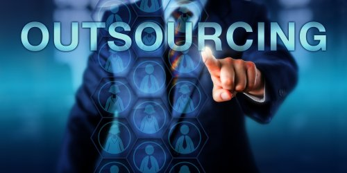 In-House vs Outsourced IT Services: What You Need to Know