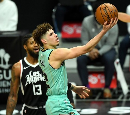 Report: Rookie of the year voters still consider LaMelo Ball frontrunner for award