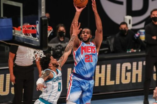 LaMarcus Aldridge announces immediate retirement after experiencing scary health issue during Nets game