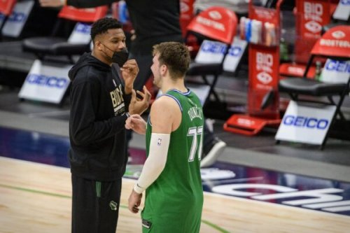 Report: Executives lived in 'abject terror' before Giannis Antetokounmpo signed extension that he would join Luka Doncic on Mavs