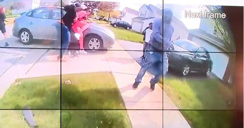 Revelan videos de policía disparando a Ma'Khia Bryant: [Imágenes fuertes]