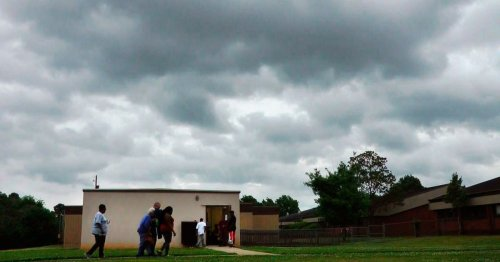 NEW: Tornadoes touch down in SC, Kentucky; Tupelo hit at night