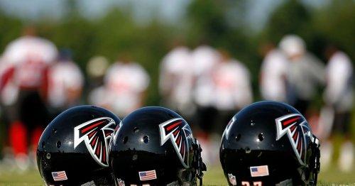 Falcons sign tight end Ryan Becker
