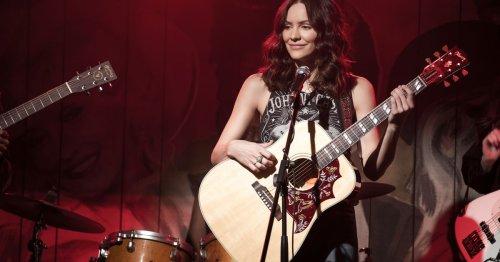 'American Idol' notes: Kat McPhee interview, Willie Spence in top 7, Arthur Gunn comeback, ratings