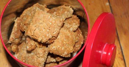 Golden Oat Crunchies – Classic teatime snacks