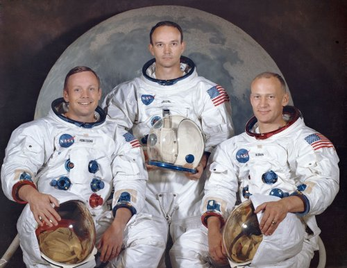 Michael Collins, one of three astronauts on historic Apollo 11 moon mission, has died, NASA reports
