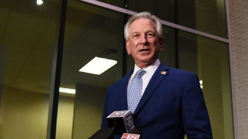 Tuberville joins effort to oppose schools ′1619 Project' on teaching racism in American history
