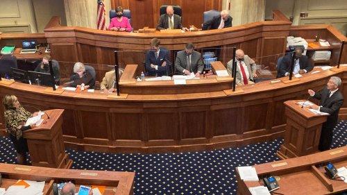 Alabama Senate approves bills for lottery, casinos