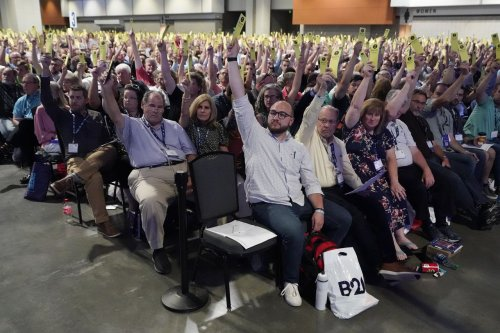 Southern Baptist Convention votes to create sex abuse investigation task force