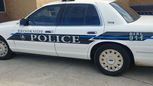 Friday-afternoon traffic stop on Interstate 22 leaves 1 police officer, 2 suspects hospitalized