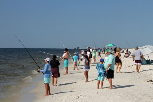 Kids fishing the surf clinic at Gulf State Park