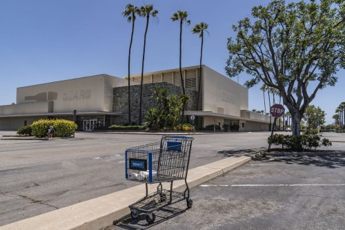 California looks to turn abandoned malls into affordable housing