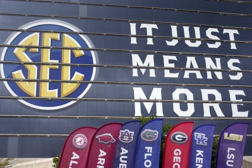 Texas A&M Board of Regents votes to support inviting Texas, Oklahoma in SEC expansion