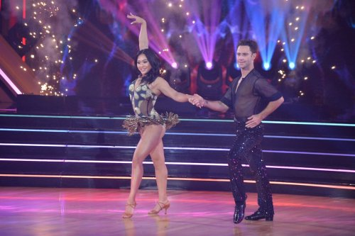 Suni Lee overcomes jitters, performs 'sassy' cha-cha on 'Dancing with the Stars'
