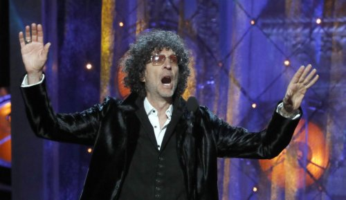Howard Stern on Joe Rogan, other anti-vaxxers: 'Die there with your COVID'