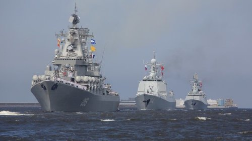 Russian, Chinese warships hold first joint patrols in the Western part of Pacific
