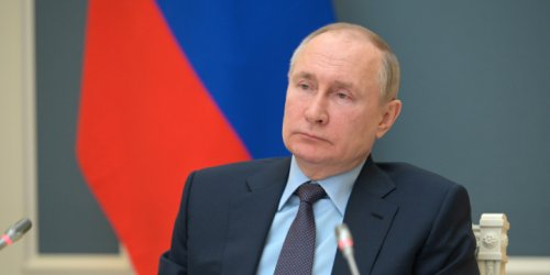 Russia's New Foreign Policy: The Kremlin Has Learned to Bide Its Time