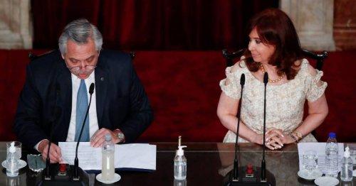 Argentina's Fernandez reshuffles Cabinet after crisis week