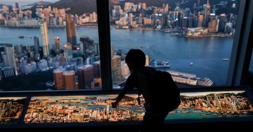 US sanctions Chinese officials over Hong Kong democracy crackdown