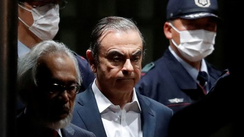 Turkey sentences pilots, airline official over Ghosn escape