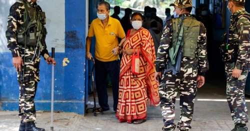India: Five killed in election violence in West Bengal state