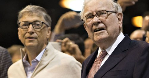 Warren Buffet resigns from Bill and Melinda Gates Foundation
