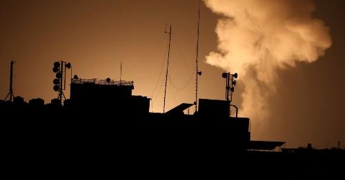 Israeli tanks target Gaza Strip for second night