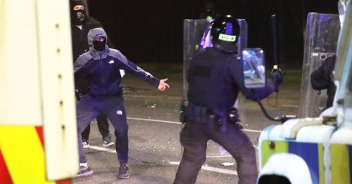 Anger boils in Northern Ireland despite attempts to end riots