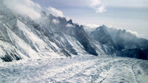 Kashmir: Melting glaciers threaten Ladakh's nature