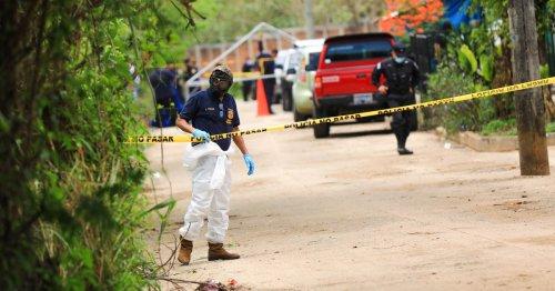 Ten bodies found on former El Salvador police officer's property