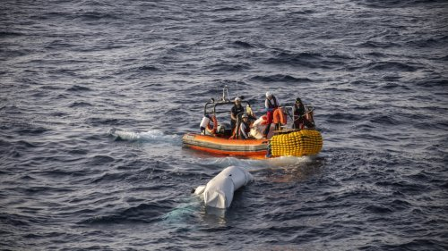 'Deadly sea crossings': 41 migrants drown in the Mediterranean