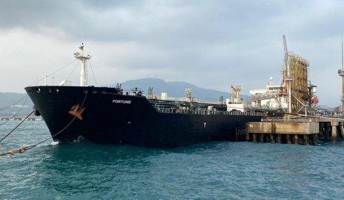 Iran sends biggest ever fleet of oil tankers to Venezuela