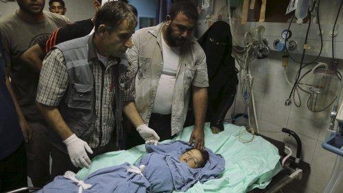 Pregnant Palestinian and child die in Israeli air raid