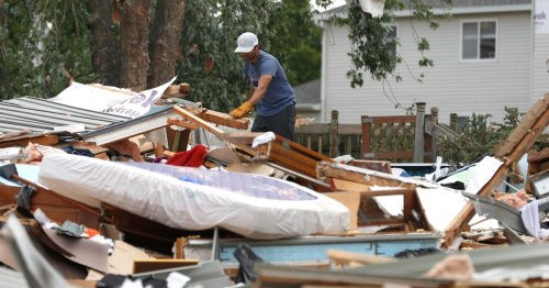 In Pictures: Powerful tornado sweeps through Chicago suburbs