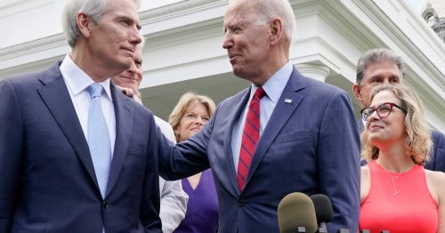 US Senate reaches $1.2 trillion infrastructure spending deal