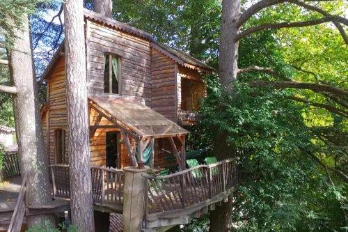 Au Fil de Soi Treehouse in France