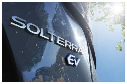 Solterra, il nuovo SUV completamente elettrico di Subaru
