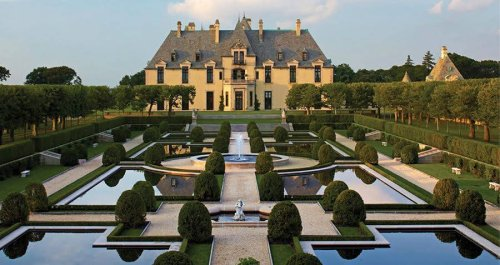 10 Enchanting New York Castles Built By 20th-Century American Royalty