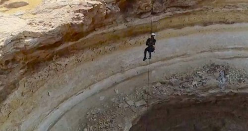 Explorers Descend Into Yemen's 'Well Of Hell' For The First Time — And Find A Pit Of Snakes
