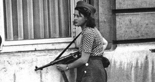 Meet Simone Segouin, The French Teenager Who Valiantly Fought The Nazis During WWII