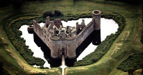 Inside The Violent History Of Scotland's Mighty Caerlaverock Castle