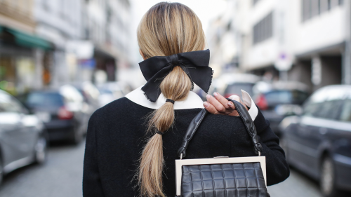 How to Nail the Bubble Ponytail Trend