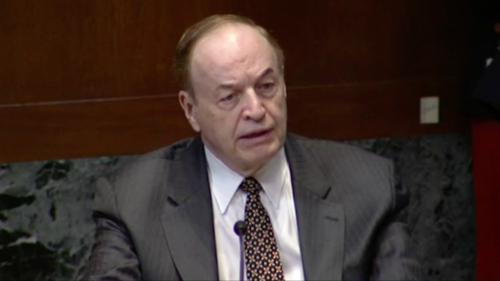 Sen. Richard Shelby questions officials during defense appropriations hearing
