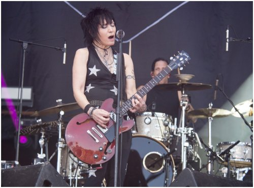 Joan Jett & The Blackhearts team up with Z2 Comics for graphic anthology