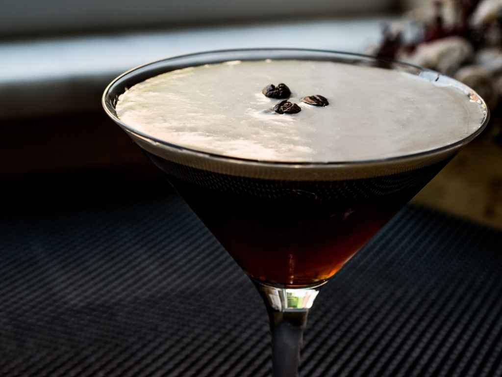 How to Make the Espresso Martini – Cocktail Recipe