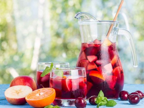How to Make Dad's Sangria