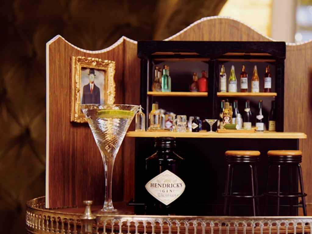 How to Make a Hendrick's Gin Martini – Cocktail Recipe